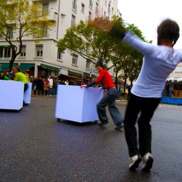 Smoobility : chorégraphie de rue pour déplacements urbains