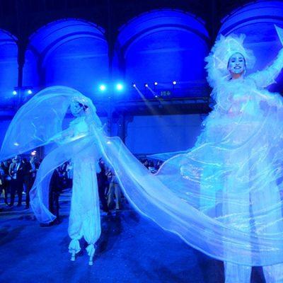 Echassiers lumineux au Grand Palais