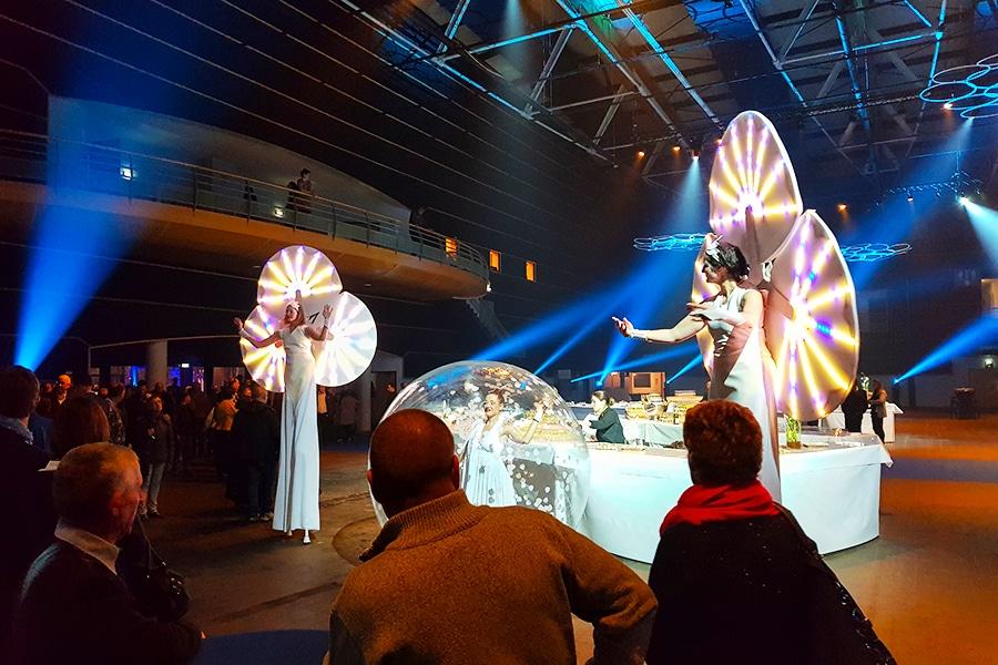 Spectacle de Nymphéas et danseuse bulle