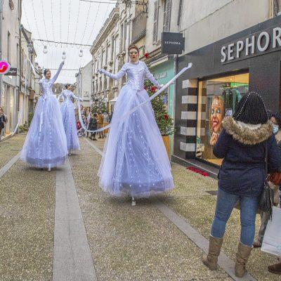 Les Welcome animent les rues commerçantes de Sens